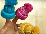 cb96aca09 Ozdobné mini čiapky - vlnené mini čiapky - VIDEO Ako sa to robí.sk
