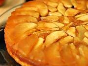 Jablková torta - recept na obrátený jablkový koláč - VIDEO Ako sa to ... c264a0f56e1